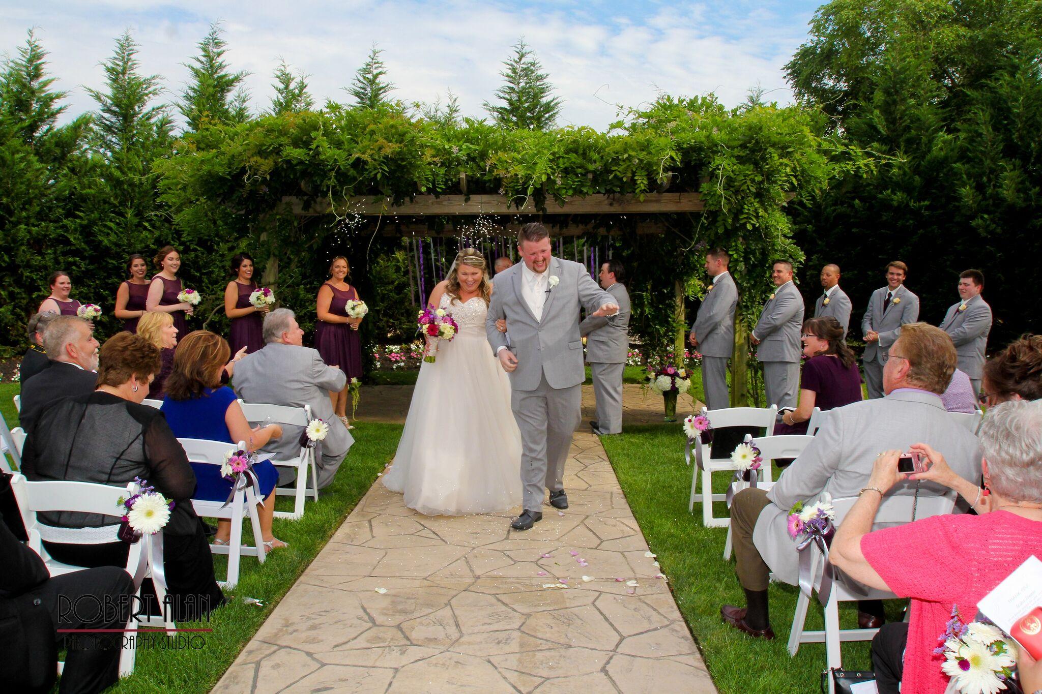 Outdoor Weddings Eastlyn Golf Course The Greenview Inn