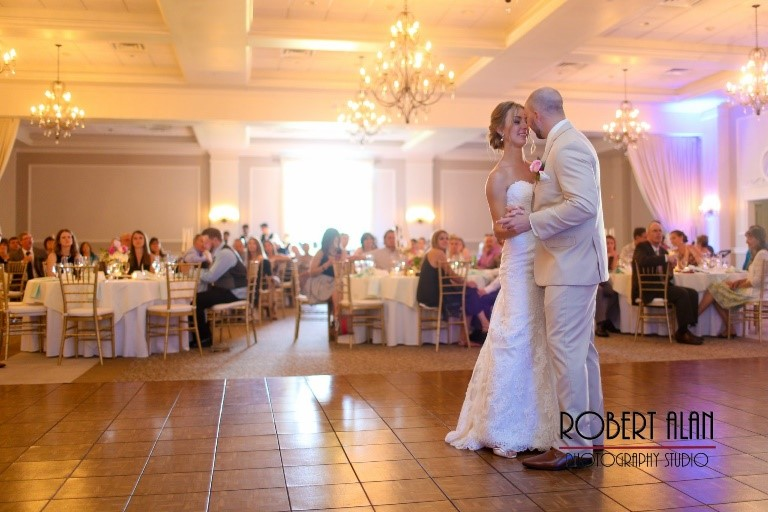 5 Wedding Photos & Moments You Must Capture at your Wedding